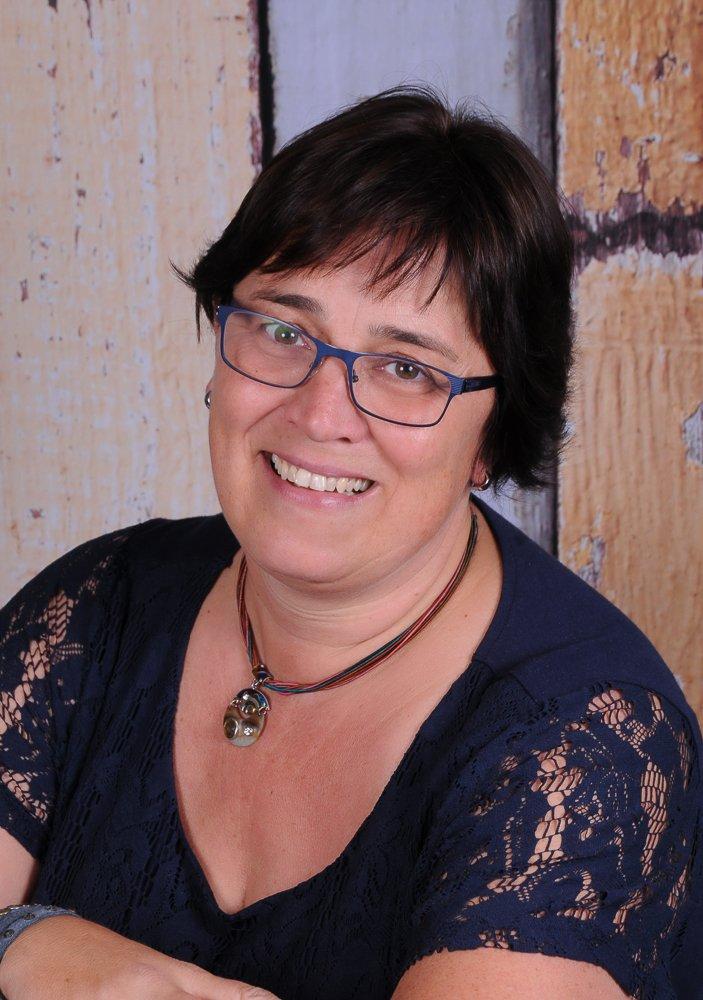 Ulrike Knust, Grundschullehrerin