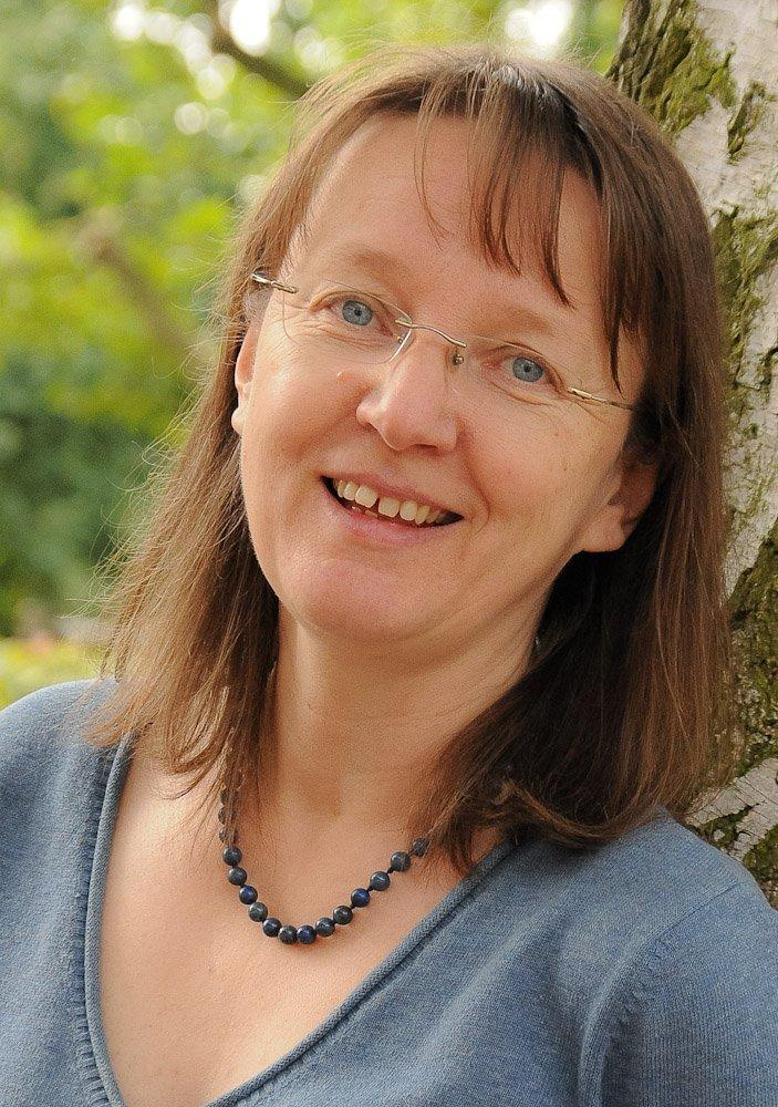 Claudia Langkrär, Grundschullehrerin